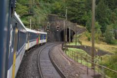 RBe 540.020-5 v čele osobního vlaku